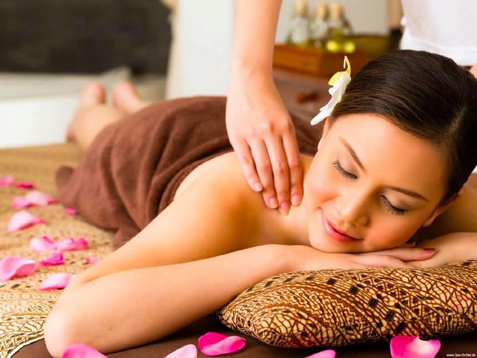 Thai massage - oriental-natural-health-massage reflexology